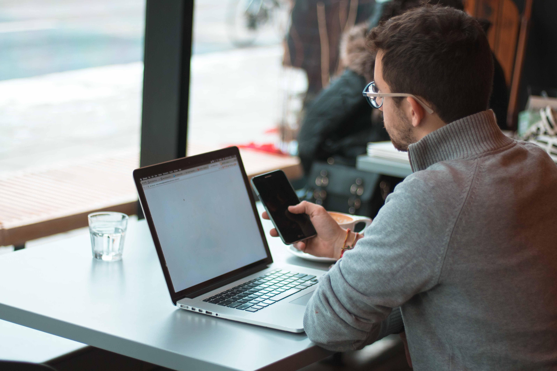 Ein papierloses Büro ermöglicht neue Formen der Zusammenarbeit.